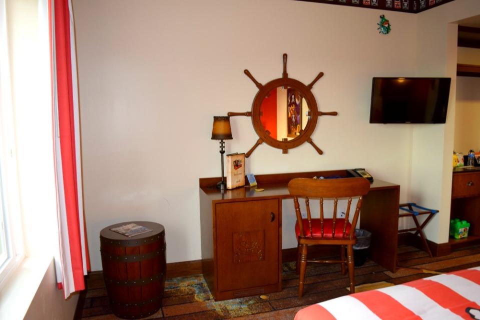 legoland hotel room 4