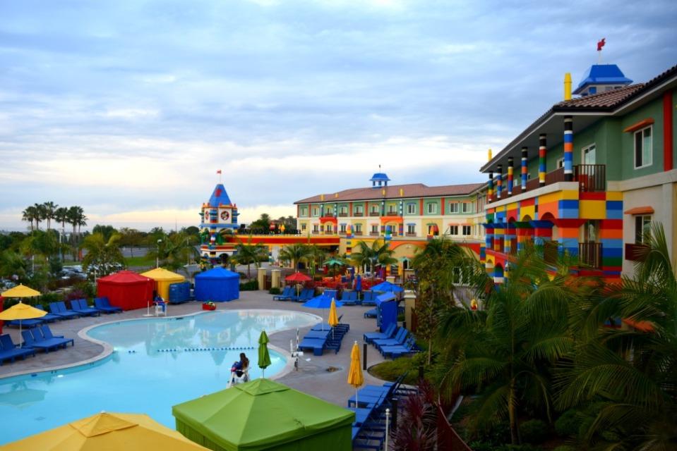 legoland hotel swimming pool