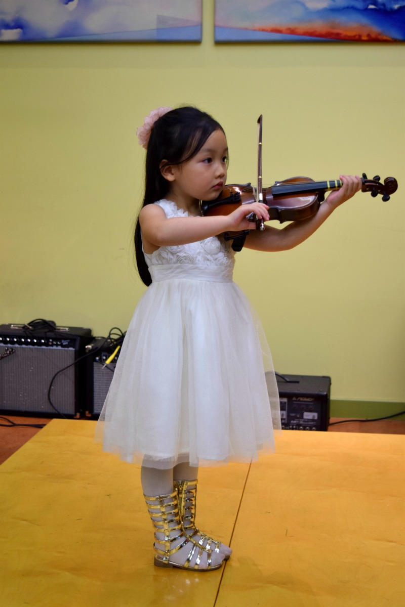 emma violin5
