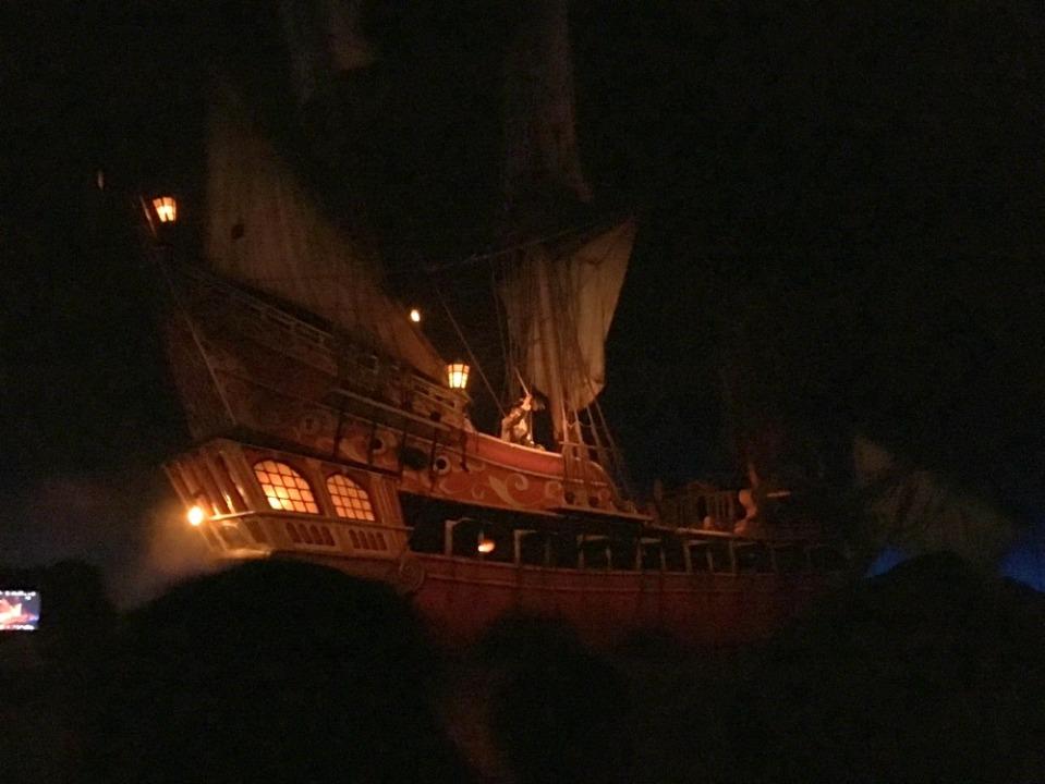 disneyland 20 pirates