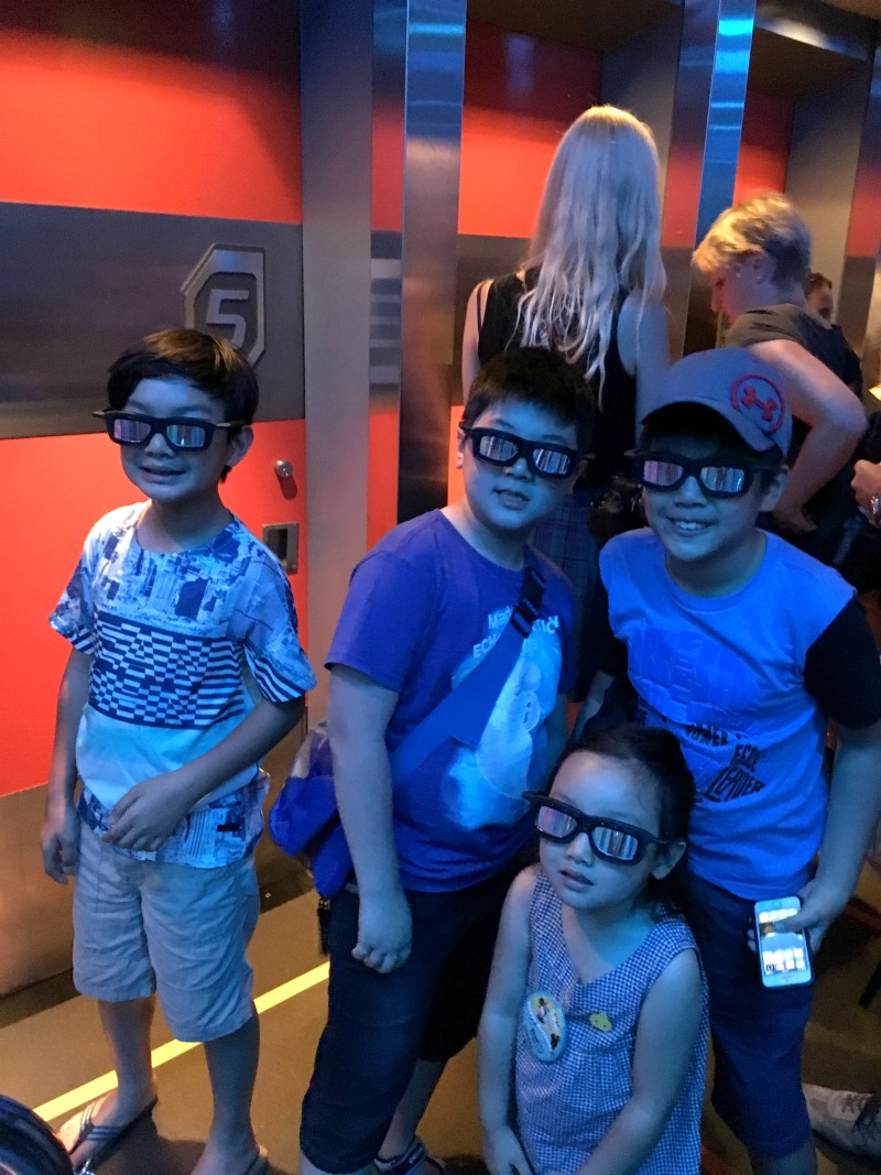 disneyland 24 star tours 2